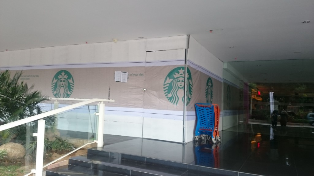 starbucks malang city point segera buka